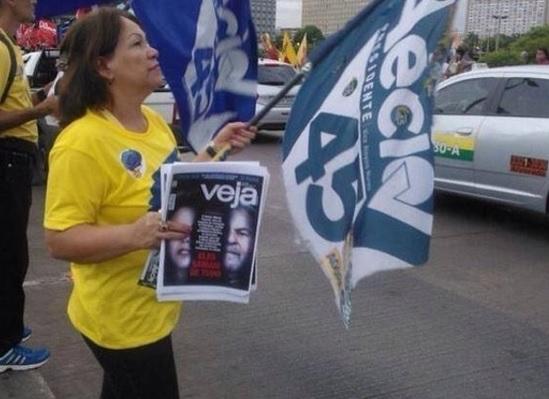golpismo - Quem faria pesquisa qualitativa sobre impeachment de Dilma?