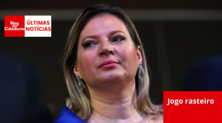 AMANDA PEROBELLI / REUTERS